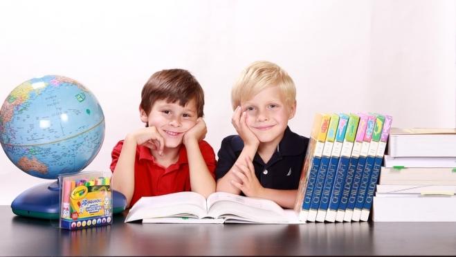Школьники Марий Эл могут признаться в любви своим учителям в стихах