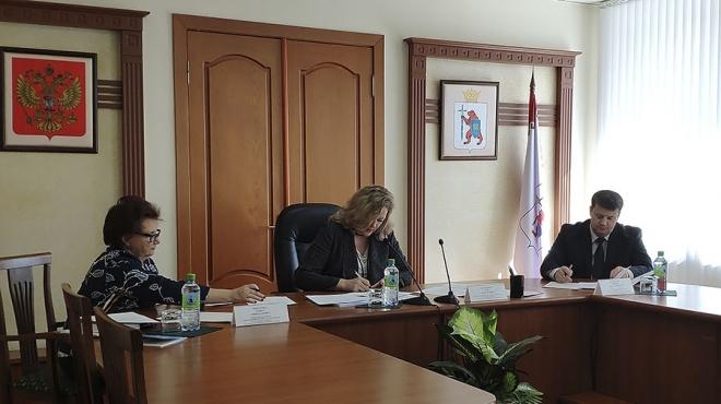 Трехсторонняя комиссия рассмотрела вопросы социальной защищенности жителей республики