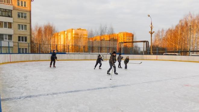 В Семёновке открылся бесплатный каток