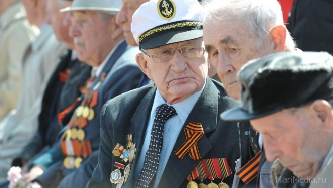 Госдума приняла закон об увеличении пенсии ветеранам ВОВ