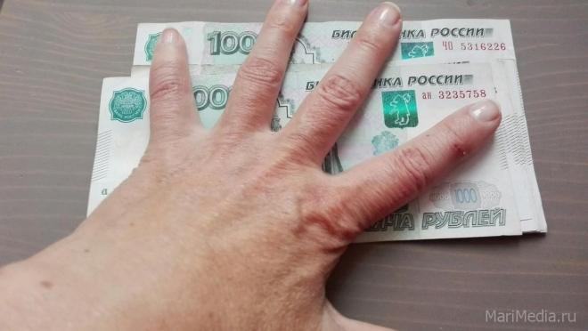 61-летняя йошкаролинка лишилась 880 тысяч рублей, поверив лжесотруднику банка