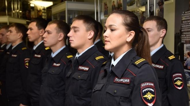 Выпускников из Марий Эл приглашают в вузы МВД России