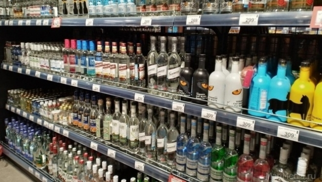 Из продуктовых магазинов предложили убрать крепкий алкоголь