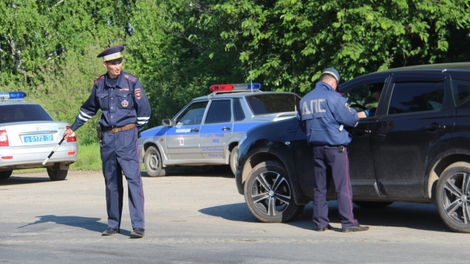Инспекторы ГИБДД организовали тотальные проверки машин на дорогах