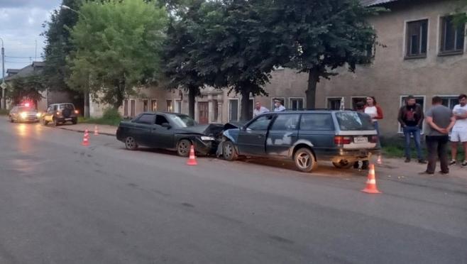 В Йошкар-Оле пьяный водитель протаранил две машины