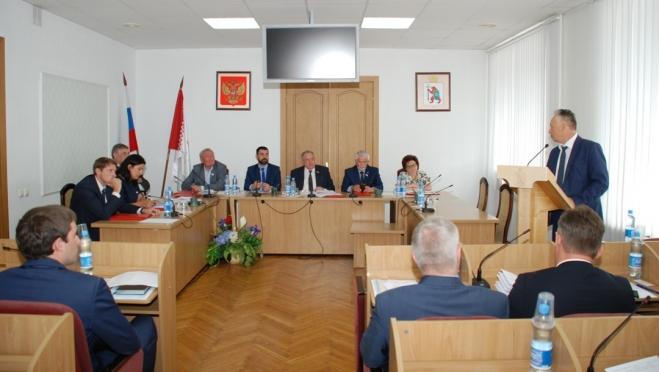 Депутаты готовятся в июньской сессии Госсобрания
