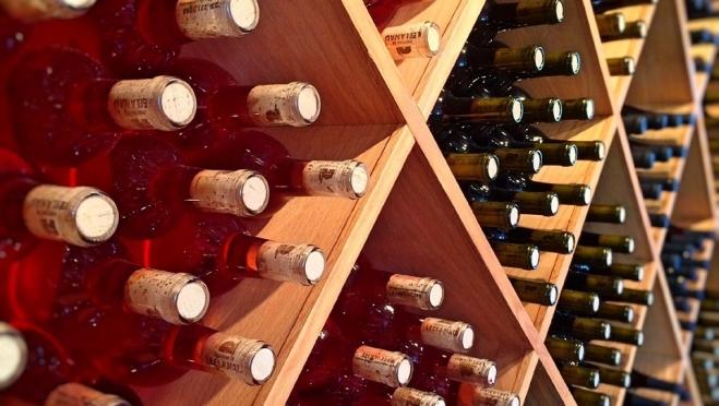 В России обсуждают возможность продавать алкоголь через Госуслуги