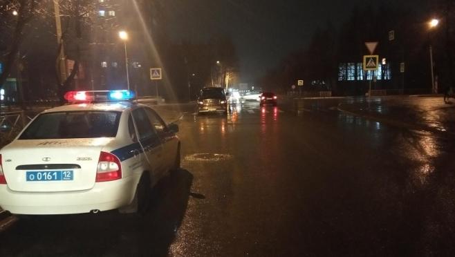 В Йошкар-Оле сбили 8-летнюю девочку и пенсионерку