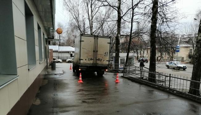 В Йошкар-Оле грузовик сбил пенсионерку, женщина скончалась в больнице