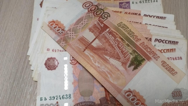 Йошкаролинка за снятие порчи заплатила 366 тысяч рублей