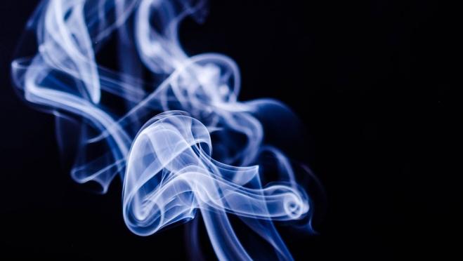 За курение в общественных местах россияне заплатили свыше 74 миллионов рублей