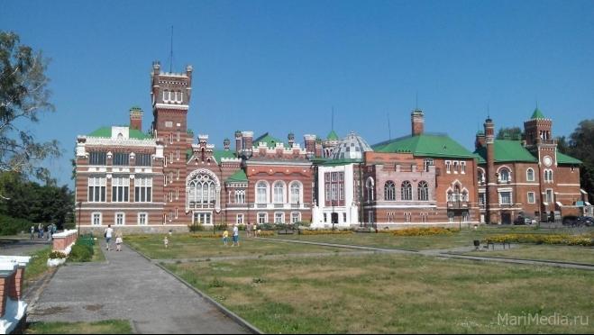 В замок Шереметева по «Пушкинской карте»