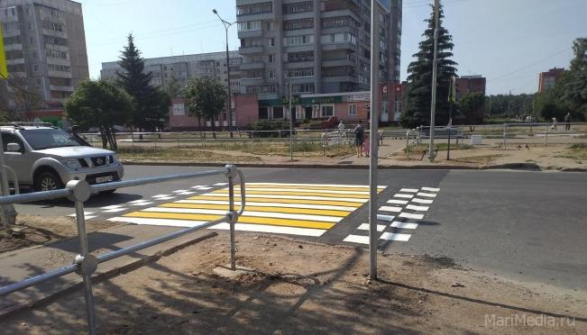 В Йошкар-Оле пешеходные переходы «готовят» к новому учебному году