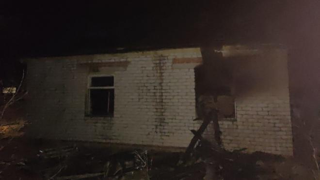 Пожар в Оршанском районе – огонь мог перекинуться на жилые дома соседей