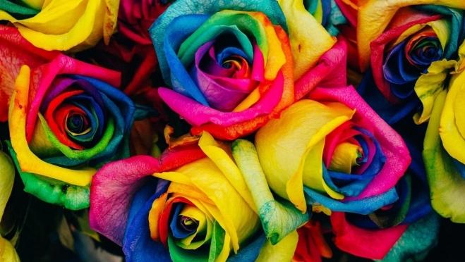 Неизвестные расплатились в цветочном магазине купюрой банка приколов