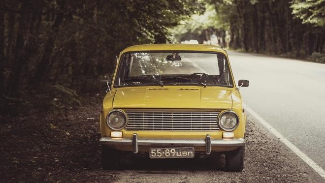 Любимые марки автомобилей людей преклонных лет в России