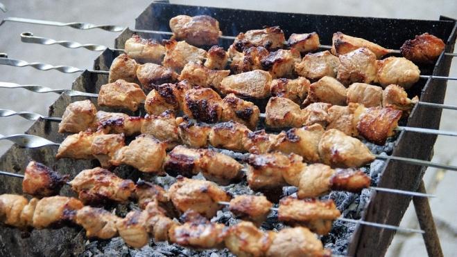Жуйте на здоровье, или как правильно выбрать мясо для шашлыка