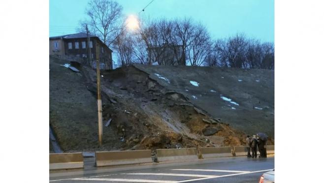В центре Нижнего Новгорода сошли два оползня за сутки
