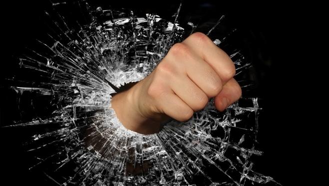 В Марий Эл осудили мужчину, поднявшего руку на женщину в погонах