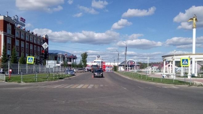 В Волжске недалеко от «зебры» сбили пешехода