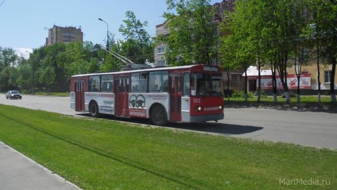 Держатели бесконтактных карт «Мир» могут ездить в троллейбусах со скидкой