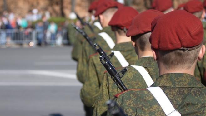 Дмитрий Песков пояснил, когда будет парад Победы