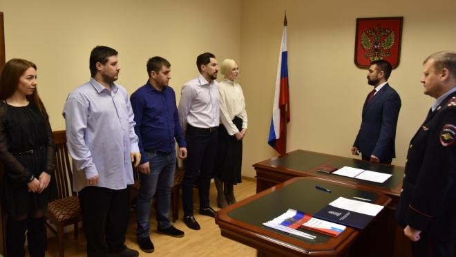 Пятеро человек из ближнего зарубежья приняли Присягу гражданина России