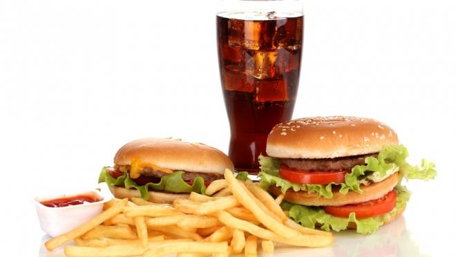 Диетолог назвала самые вредные для сердца продукты