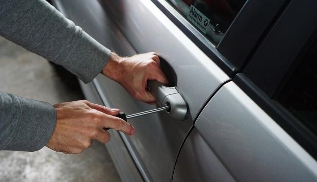 Владельцы угнанных автомобилей не будут платить налог до возврата машины