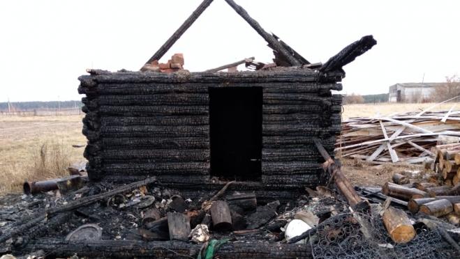 При эвакуации из горящей бани житель Марий Эл получил ожоги