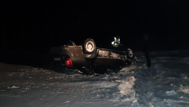 В Марий Эл пьяный водитель на Chevrolet Lacetti вылетел в кювет