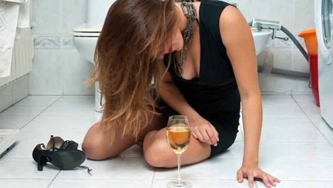 Подростков и беременных женщин запретили помещать в вытрезвители