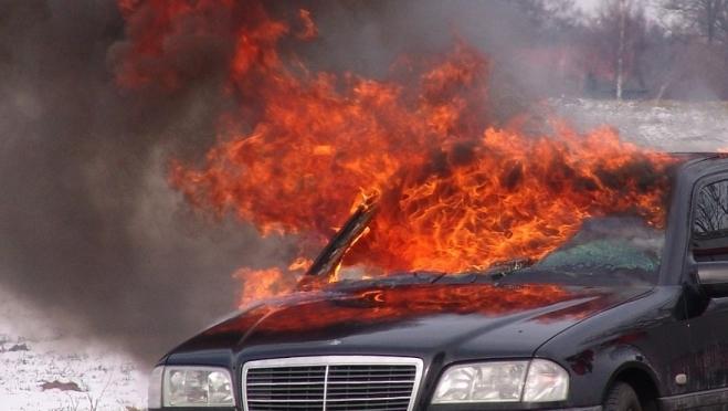 В Йошкар-Оле горят автомобили