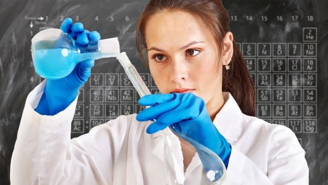 Выпускники Марий Эл показали лучшие результаты ЕГЭ по химии и обществознанию