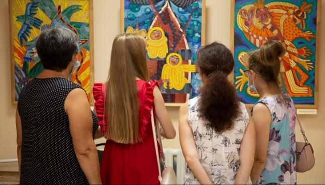 В Марий Эл студентам предлагают бесплатно посетить спектакли и выставки