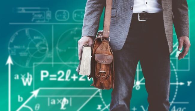 Лучшие учителя математики и информатики Марий Эл получат именные премии
