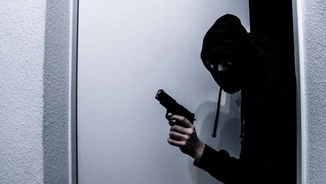 В Марий Эл перед судом предстанет подросток, обвиняемый в разбое, грабеже и мошенничестве