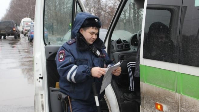 В Йошкар-Оле в ходе совместного рейда УФССП и ГИБДД арестовано одно ТС