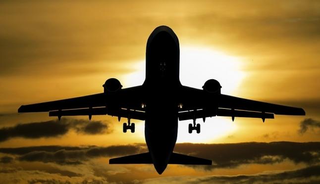 ЧП в аэропорту Казани: медики не смогли спасти младенца на борту самолёта