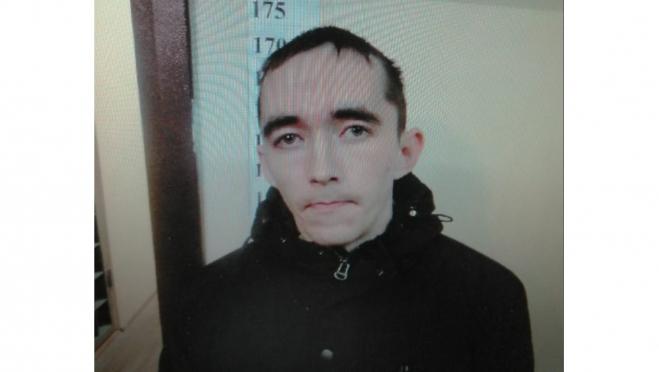 В Марий Эл разыскивают подозреваемого в развратных действиях в отношении несовершеннолетней