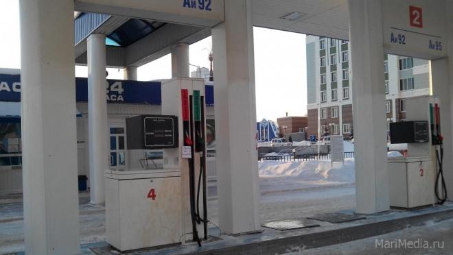 На АЗС недолив топлива превышает норму в два-три раза