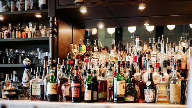 Вступил в силу закон о запрете продажи алкоголя в жилых домах