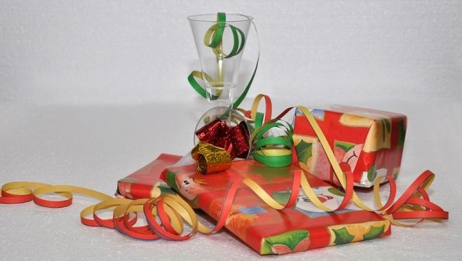 Чиновникам Марий Эл запретили принимать новогодние подарки