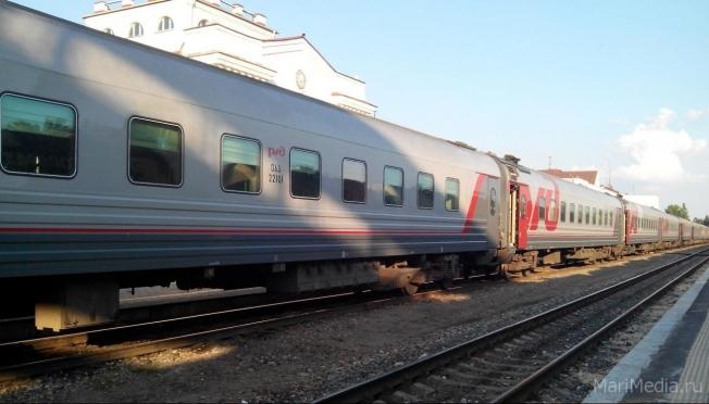 Пассажиры отдают предпочтение железнодорожному транспорту
