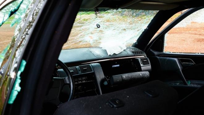 В Йошкар-Оле в воскресенье обокрали две машины
