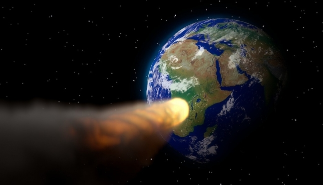 Астероид размером с пирамиду Хеопса летит к Земле