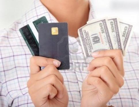 Потребительский кредит или кредитная карта: что лучше?
