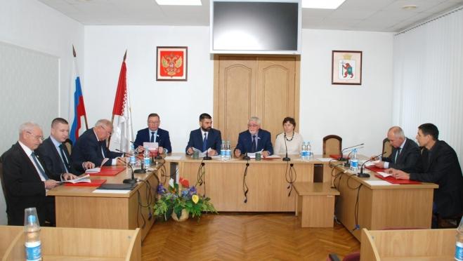 Депутаты утвердили повестку дня VI сессии Госсобрания