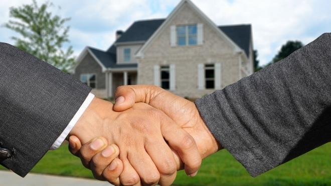 Как не стать жертвой мошенников при сделках  с недвижимостью