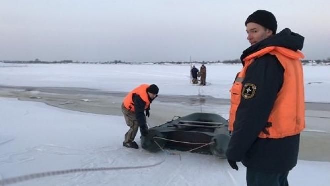 В Марий Эл два человека провалились под лёд